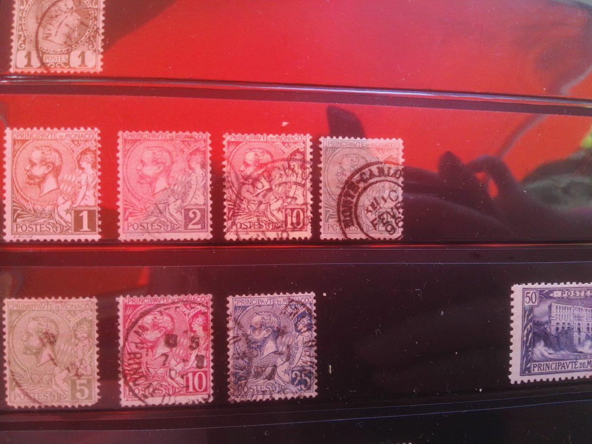Monaco: Frans ogende postzegelszegels voor ministaat